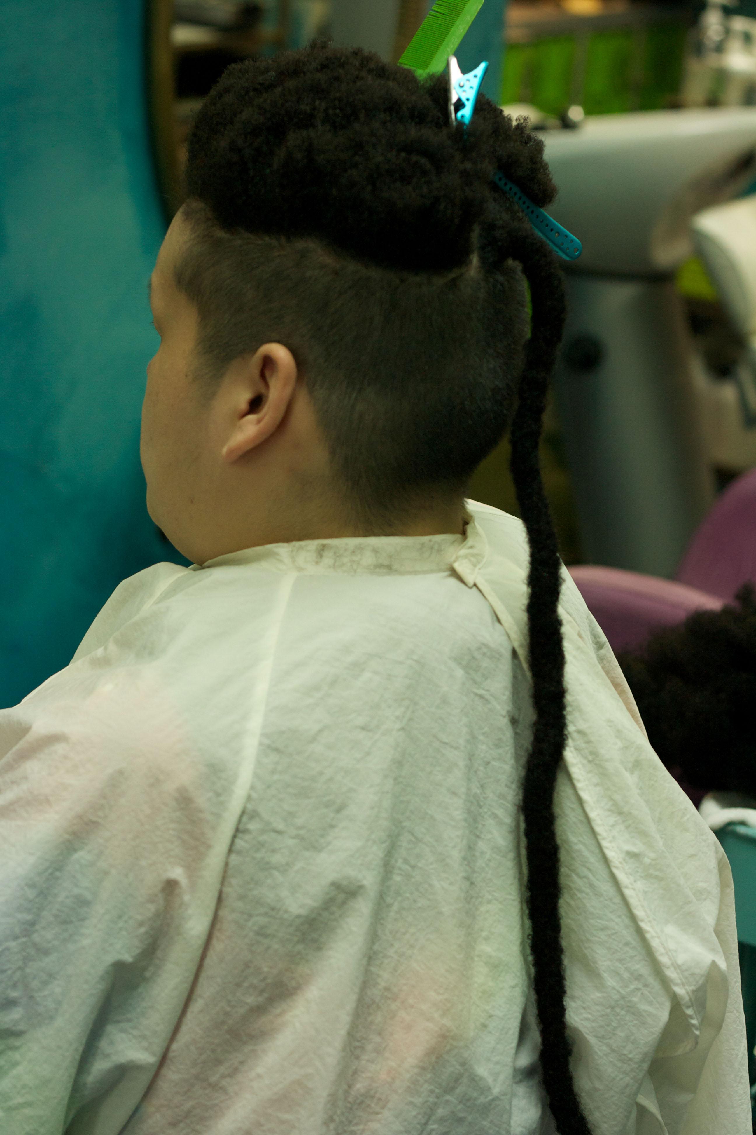 髪は短いけどボブマーリーのドレッドを完コピ出来るのか?